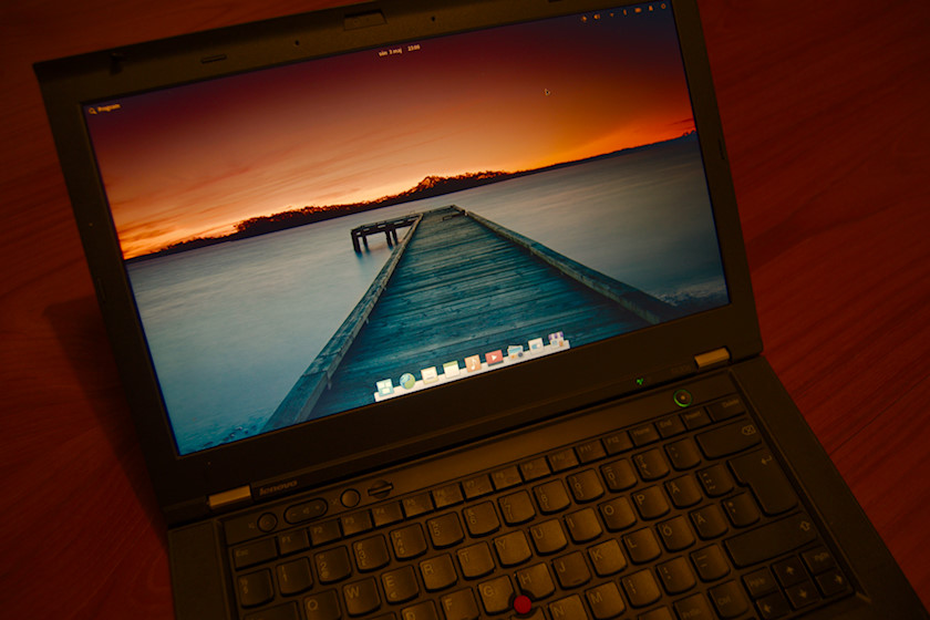 ThinkPad T430s with elementary OS 5.1.4 Hera [photo: Henrik Hemrin]